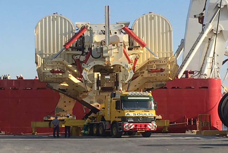 Transport of a PL3 *265tons