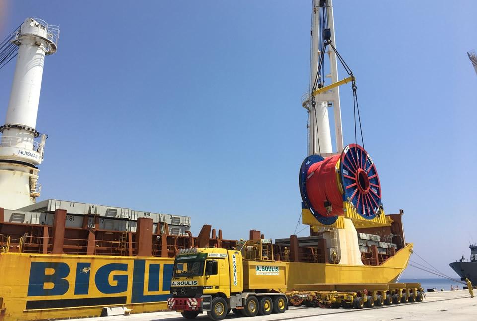 Transport of 240t Umbilical reels